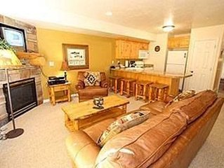 MH 405 - Terrific Two Bedroom Condo and Steps Away From Community Hot Tubs!