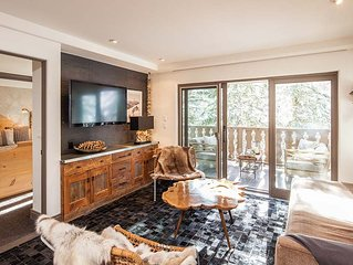 Ski In and OUT Luxury Bridge Street Lodge 2 bedroom/2 bath mountain facing