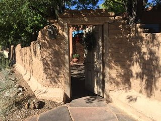 Best Street In Taos! 2 Blocks To Plaza! Steps From Kit Carson Park!