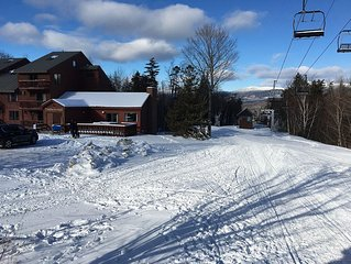 Family Friendly Ski In Ski Out Sugarloaf Condo * Snubber Trail Mid Station on Mt