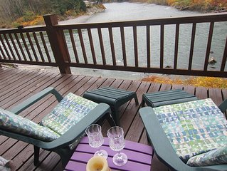 BRAND NEW ROMANTIC RIVERFRONT STUDIO, GREAT VIEWS, BY STEVENS PASS