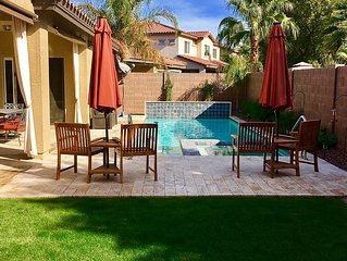 Cute & Cozy In Queen Creek - Pet friendly with pool and spa!