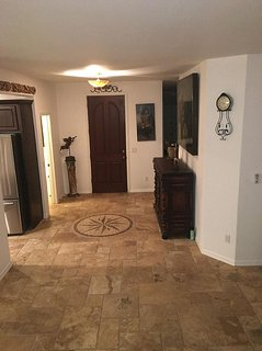 3 Bedroom home just 15 mint from sky harbor airport in south mountain