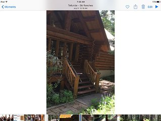 Custom Log Home in the Aspens of Telluride
