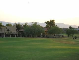 Quiet, luxury with a view on the Las Colinas Golf Course