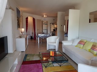 Appartement avec terrasse dans résidence sécurisée et piscine