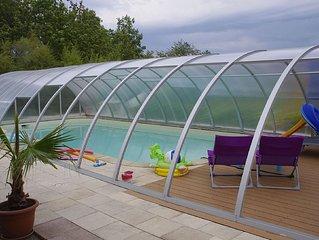 Gite 'Les 3 cigognes' à CERNAY avec piscine couverte et véranda