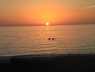 Oceanfront on beach, pool, 55in Smart HDTV, golf cart, ferry pass, pet-friendly