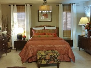 Christy's Villa # 4  'Spacious,Beautifully decorated one bedroom w/ Bathtub!!