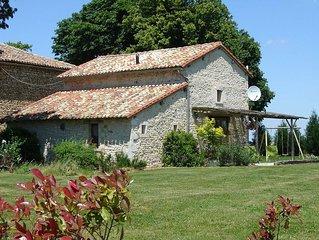 Chez Robineau, near Civray cottage sleeping 4