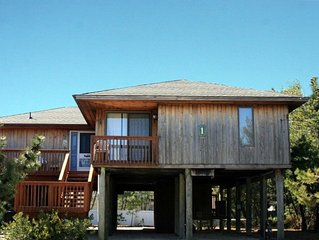 LOVELADIES - ALMOST BEACH FRONT, Raised House with  3 Decks, Lots of Parking,