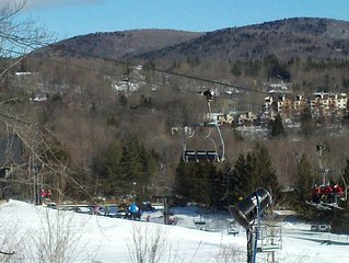 Walk to Mount Snow Chair Lifts - 6 Bedroom Chalet