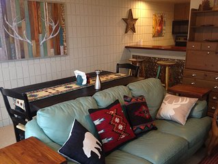The Nestled Inn - New for Rent - Walk to Slopes! Townhome  2bed/2bath w/Loft