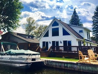 3+ BR Waterfront year-round home on Houghton Lake.  Sleeps 16  Pontoon available