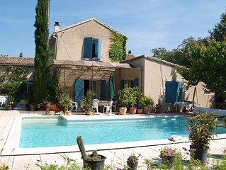 En PROVENE, mas authentique près d'Avignon, Lubéron et Mt Ventoux .