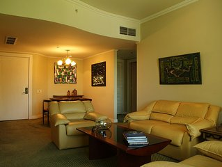 Marriot 2br Apt, Ideally Located