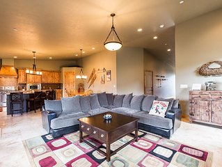 Family-Friendly 4BR/4BA Deer Valley Ski Home, Mountain Views, NEW Private Hot T
