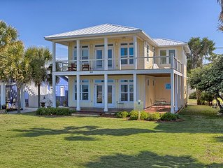 25% OFF SPRING!!Stunning  beach home with a view of the Gulf of Mexico, WiFi!
