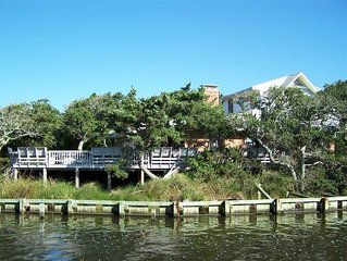 Faraway Oaks:  Canal front home, open floor plan, private dock.