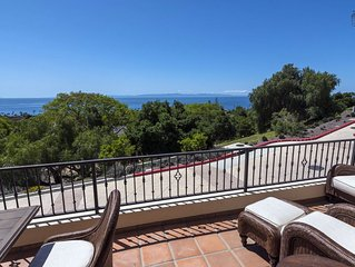 Perfect for a winter getaway! Gorgeous brand new 2BR home in the Mesa, breathta