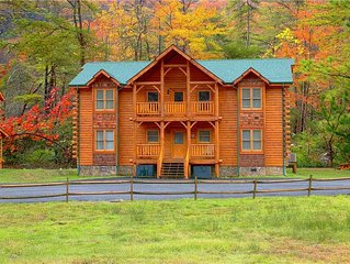 Shady Mountain Hollow Along Caney Creek Close to Pigeon Forge and Gatlinburg Al