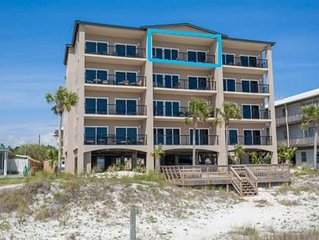 25% OFF SPRING!AMAZING BEACHFRONT CONDO, ROOFTOP POOL/HOT TUB, VIEWS, WIFI
