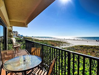 Surfside Condos - Beach Front Clearwater Beach 204 Beachfront with Renovated Ki