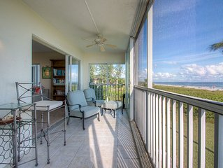 Surfside #111 - Direct Gulf-Front End Unit. 2 Lanais! 2BR (K/Q) 2BA Sleeps 4
