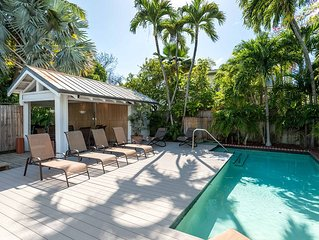 Pagitt House/Historic Private pool home