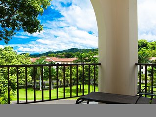 Villa Cubs-Upscale World class Resort Living in Pacifico, Playas del Coco.