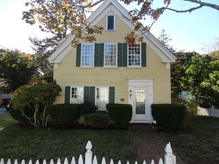 Historic 5 BR home minutes from water, great for multi-family getaways/reunions