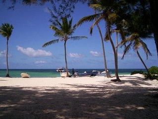 Find Luxury  in Ocean-Front Beach Condo