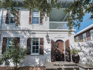 ** Beautiful Home in Rosemary Beach - Pet Friendly - Optional Carriage House **