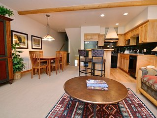 Winter Rates JUST Reduced! 2BR/2BA Deer Valley Condo, Garage, Private Hot Tub,