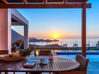 Ocean Luxury Villas, 3-bedroom sea view Villas, 800 meters from a sandy beach