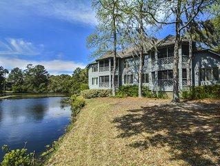 Perfect Kiawah Vacation! Luxury 2 BR Villa, Screened Porch, Lagoon Views