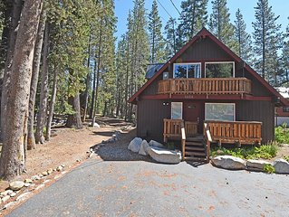 Soda Springs Getaway - Hiking and Skiing Right Out the Door!