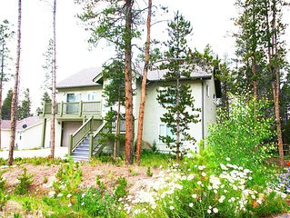 Homestake House - Newer home. Incredible deck views. Garage!