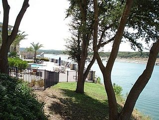 1104 This 1/1 condo has a great view of Lake Travis with a king bed