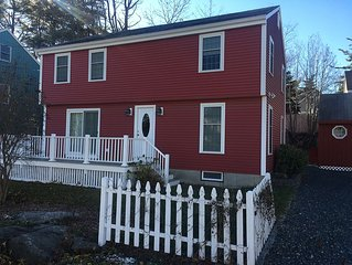 Newly remodeled retreat on the Nubble. Relaxing home for amazing vacation awaits