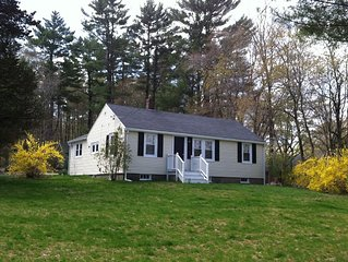 Lovely ranch on spacious lot centrally located Boston, New York, beach, Cape Cod
