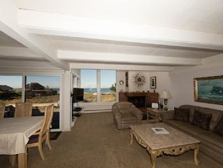 Monterey Dunes Beachfront surf sand and private hot tub...Book now without wait