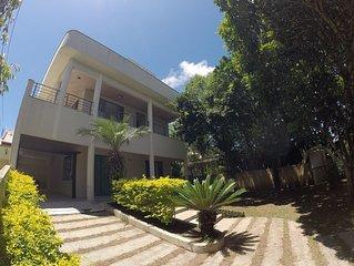 Casa em Mariscal, ar condicionado, alto padrão, 100m do mar, Wifi.