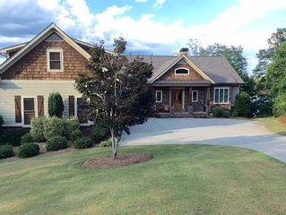 Large Magnificent Lake Hartwell Home