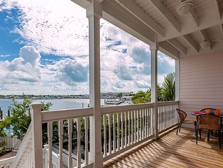 E6 LUXURIOUS WATERFRONT 4 bed 3.5 bath, pool & boat slip, with elevator and doc