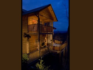Watershed 10, Outdoor Fireplace, Private Hot Tub, Mountain Views