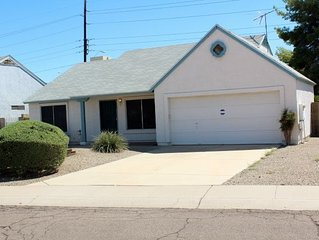 Great Deal! 2 BR/2 Bath, Reasonable Rates... Near Golf/Shopping/Mountains