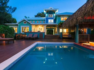 7 bedroom Lawson Rock Beach house with private pool