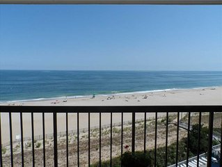 Ocean Front with amazing views - F806