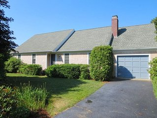 Entropy - Pet Friendly 4 Bedroom, near Red River Beach- 2 Deer Run South Harwich